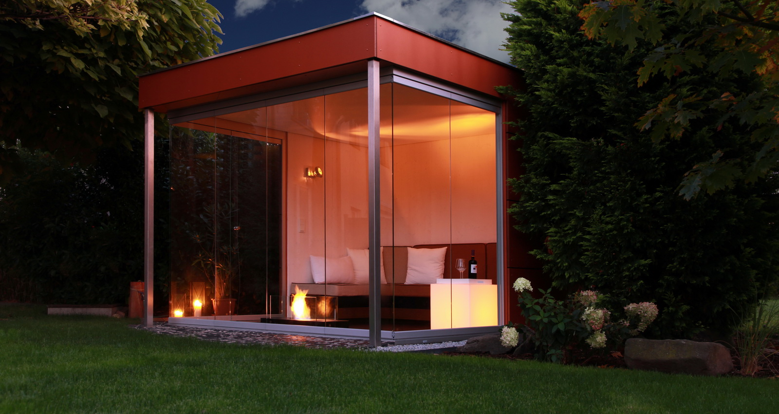 design gartenhaus moderne gartenh user schicke gartensauna auch alsbausatz. Black Bedroom Furniture Sets. Home Design Ideas