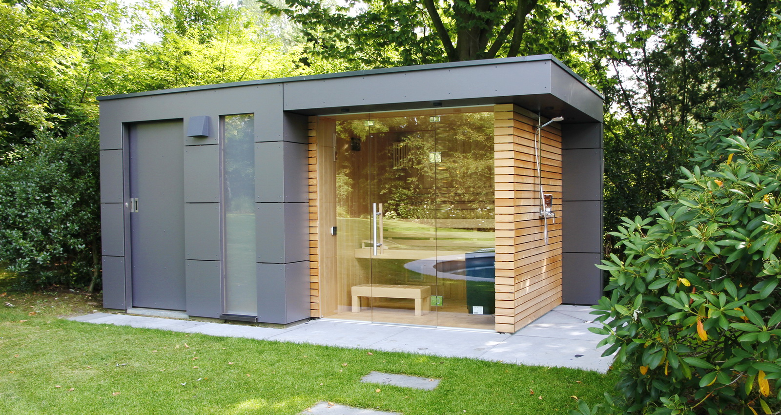 design gartenhaus moderne gartenh user schicke gartensauna auch alsbausatz. Black Bedroom Furniture Sets. Home Design Ideas